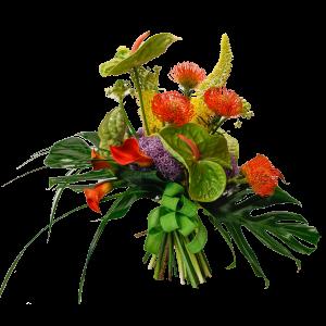 mazzo con fiori pregiati di stagione